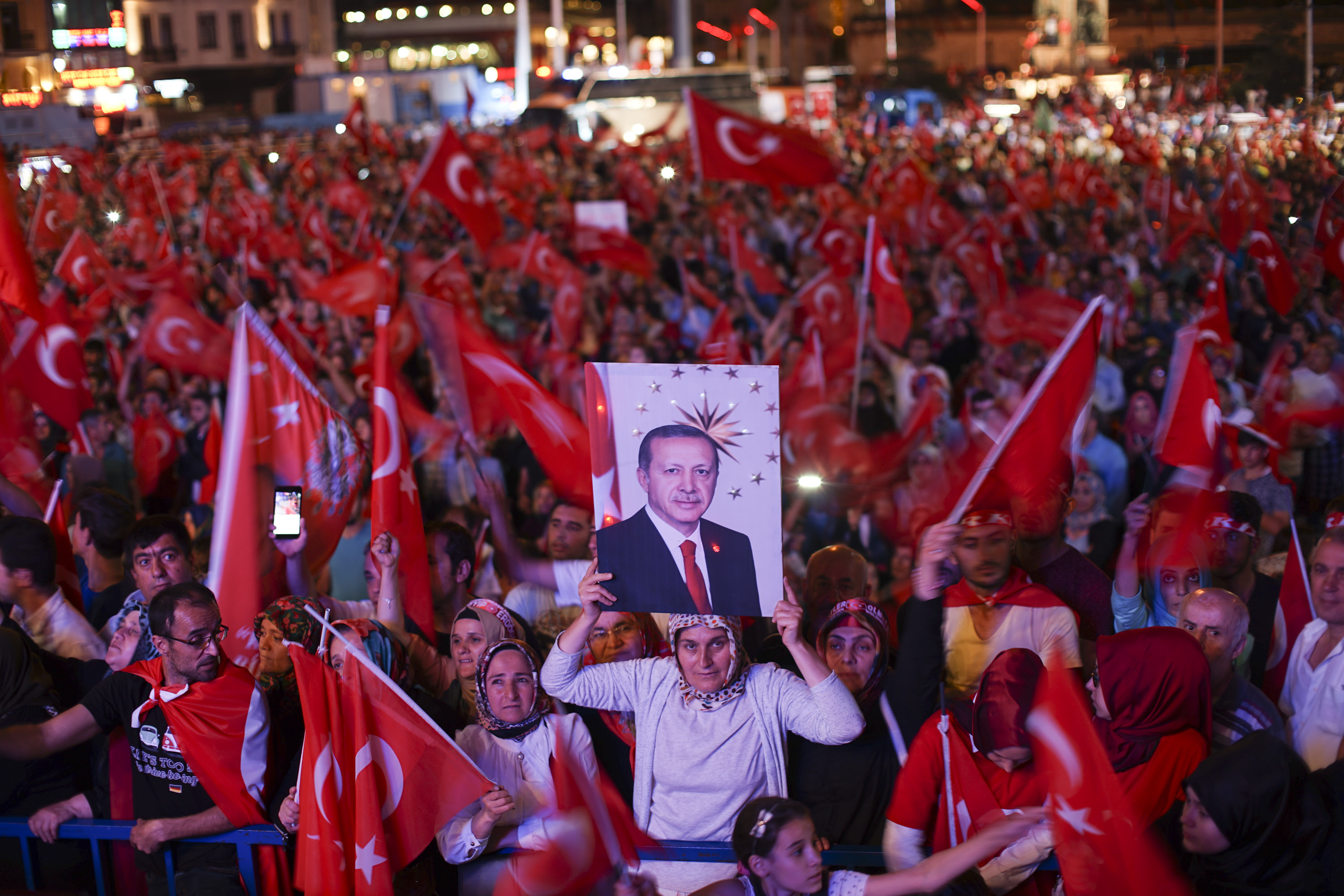The Authority to not Compromise: The New Turkish Constitution